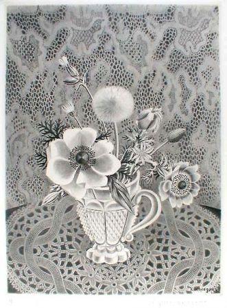 エッチングと アクチアント Hasegawa - Anémonés et fleurs de champs dans un verre a facettes / Bouquet sur fond de dentelle