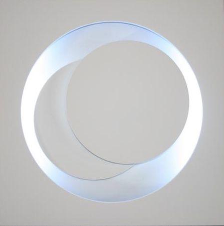 多数の Claisse - Cercles Blancs
