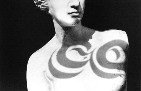 多数の Gibson - Female Statue (from Chiaroscuro)