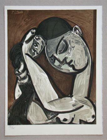 リトグラフ Picasso - Femme se coiffant, 1955