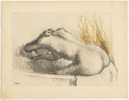 エッチングと アクチアント Degas - Femme se lavant dans sa baignoire (vers 1892)