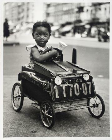 写真 Stein - Girl in Car, New York