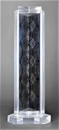 多数の Vasarely - HOLLD (Moire tower)