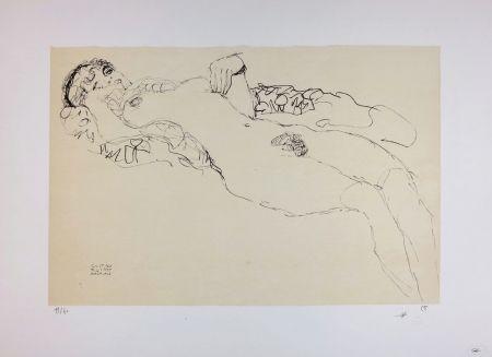 リトグラフ Klimt - Liegender Mädchenakt nach links / Reclining female nude facing left - 1914