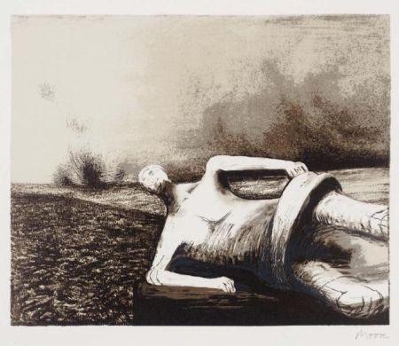リトグラフ Moore - Male figure in landscape C.470