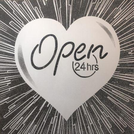多数の Robierb - Open 24 hrs