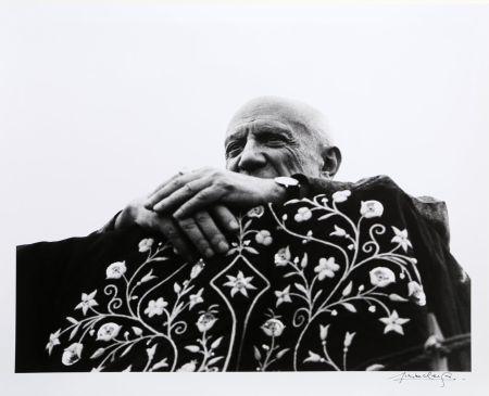 写真 Clergue - Picasso Preside la Corrida - Frejus, 1962