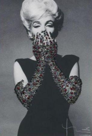 写真 Stern - Ruby Gloves