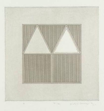 彫版 House - Triangles Within a A Square